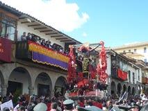 Cortège du seigneur des tremblements dans Cusco Image libre de droits