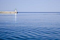 Cortacircuítos y ligthouse croatia del mar Fotografía de archivo