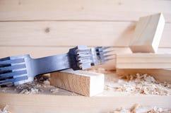 Cortador comum do dedo do CNC para o woodworking industriy fotos de stock