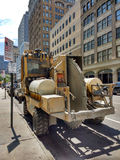 Cortador concreto estacionado em uma rua de New York City, EUA de Vermeer CC155 Imagens de Stock Royalty Free