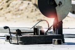 Cortador de acero grande imagen de archivo libre de regalías