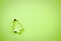 Cortador de la galleta del árbol de navidad Fotografía de archivo libre de regalías