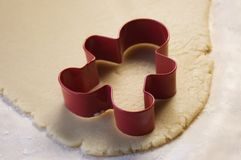 Cortador de la galleta y pasta de la galleta Imagen de archivo libre de regalías