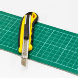 Cortador de papel da faca Fotografia de Stock Royalty Free
