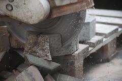 Cortador de pedra concreto Foto de Stock Royalty Free