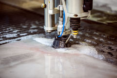 Cortadora del chorro de agua del CNC Foto de archivo