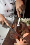 Cortando o bife Foto de Stock Royalty Free