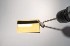 Cortar el candado de los taladros del fraude de la tarjeta de crédito fotografía de archivo libre de regalías