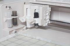 Cortar la máquina plana del trazador fotos de archivo