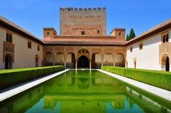 Corte das murtas no palácio de Nasrid em Alhambra, Granada, Espanha fotos de stock