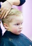 Corte de cabelo da criança Imagens de Stock Royalty Free