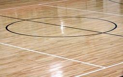 Corte de centro del baloncesto Fotografía de archivo libre de regalías