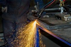 Corte de gás de faíscas de metal imagem de stock