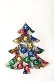 Corte de papel con las guirnaldas, concepto del árbol de navidad para el papercra Imagen de archivo libre de regalías