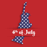 Corte de papel da estátua da liberdade no bolso de cartão com etiqueta de 4o julho Símbolo do Estados Unidos em cores nacionais c Fotos de Stock Royalty Free