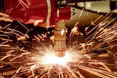 Corte del metal, tecnología industrial moderna del plasma del laser del CNC Imagenes de archivo