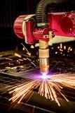 Corte del metal, tecnología industrial moderna del plasma del laser del CNC Imagen de archivo libre de regalías