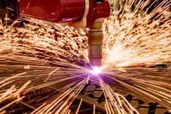 Corte del metal, tecnología industrial moderna del plasma del laser del CNC Imagen de archivo