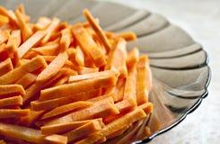 Corte fresco das cenouras em tiras Foto de Stock Royalty Free