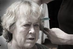 Corte idoso do cabelo Foto de Stock Royalty Free