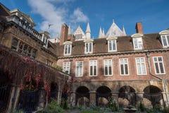 Corte interna de la abadía de Westminster a finales de octubre Fotografía de archivo libre de regalías