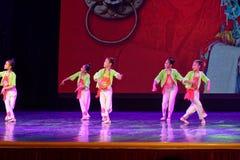 Corte la exposición de enseñanza de clasificación Jiangxi del logro de los niños de la prueba de la academia de la danza de Pekín fotografía de archivo