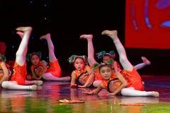 Corte la exposición de enseñanza de clasificación Jiangxi del logro de los niños de la prueba de la academia de la danza de Pekín imagen de archivo