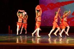 Corte la exposición de enseñanza de clasificación Jiangxi del logro de los niños de la prueba de la academia de la danza de Pekín foto de archivo