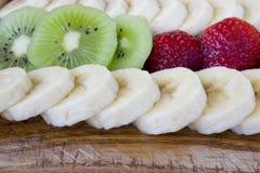 Corte la fruta fresca fotos de archivo