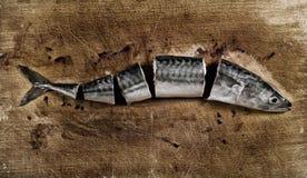 Corte los pescados foto de archivo
