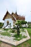 Corte media del palacio magnífico de Tailandia Imagen de archivo