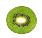 Corte o fruto de quivi isolado em um fundo branco Imagens de Stock Royalty Free