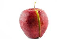 Corte rojo de la manzana. Foto de archivo libre de regalías
