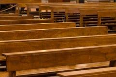 Corteggia i banchi di chiesa Fotografia Stock Libera da Diritti