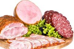 Cortes frios: presunto, bacon, salsicha fumado Imagens de Stock