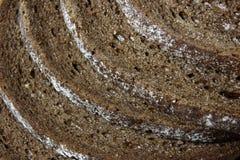 Cortezas del pan del Pumpernickel imagenes de archivo