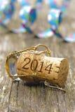 Cortiça de Champagne no ano novo 2014 Fotos de Stock Royalty Free
