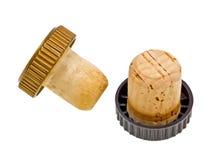 Cortiça do vinho do Close-up isoladas no branco Imagens de Stock Royalty Free