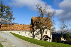 Cortile del castello in Balzers, Lichtenstein Fotografia Stock Libera da Diritti