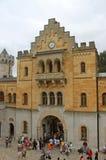 Cortile del castello del Neuschwanstein Immagini Stock Libere da Diritti