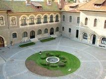 Cortile del castello di Cantacuzino Fotografia Stock Libera da Diritti