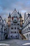 Cortile del castello di Neuschwanstein Fotografie Stock