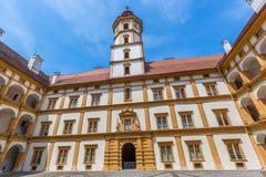 Cortile dell'interno del palazzo di Eggenberg Immagini Stock