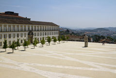 Cortile dell'università di Coimbra Immagine Stock
