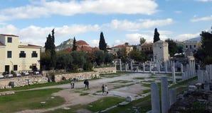 Cortile della biblioteca del Hadrian È una delle attrazioni turistiche principali di Atene, Grecia fotografie stock libere da diritti