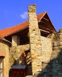 Cortile della chiesa fortificata medievale del sassone in Calnic, la Transilvania Immagini Stock Libere da Diritti