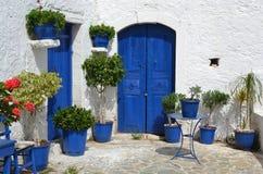 Cortile greco tipico. Fotografie Stock