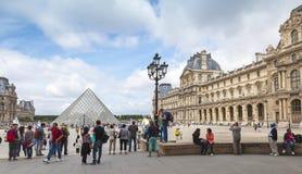 Cortile interno del museo del Louvre, Parigi Fotografia Stock Libera da Diritti