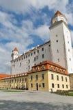 Cortile posteriore del castello medievale a Bratislava, Slovacchia Fotografie Stock