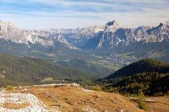Cortina d Ampezzo e Croda Rosa, Dolomiti, Italia Fotografie Stock